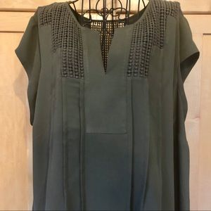 Daniel Rainn olive ladder lace short sleeve Top 1X